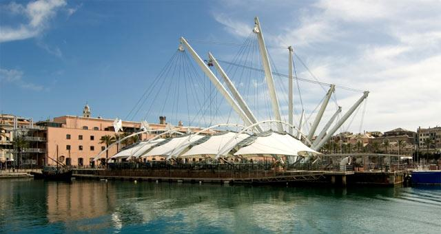 Discover the charm and the beauty of Genoa ...