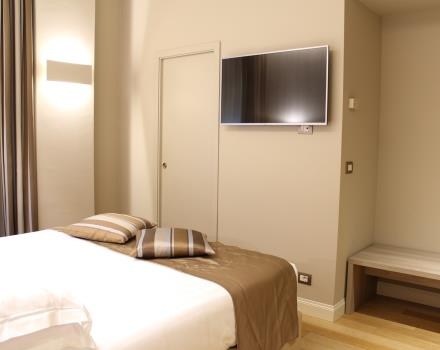 Book your Comfort room at the 4-star BW Hotel Moderno Verdi in Genoa